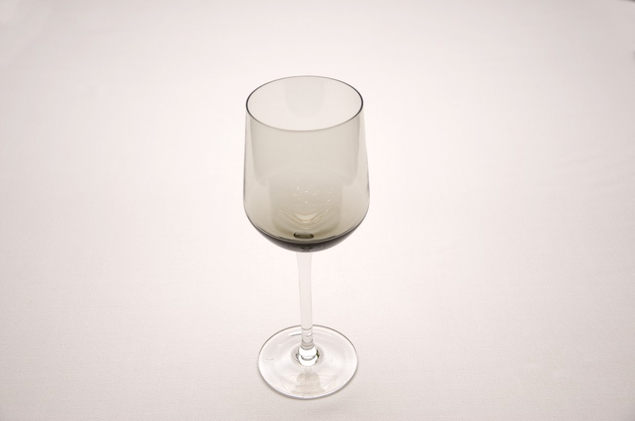 Бокал для вина дымчатый